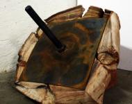 PRESSIONE ESTREMA, terracotta e ferro, cm 50x50x50, 2010