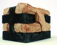 L'OSPITE, COLUI CHE ACCOGLIE ED E' ACCOLTO II, terracotta e ferro, cm 25x30x20, 2009 (collezione privata)