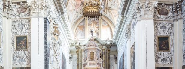 L'altare e l'ambone, S. Nicola da Tolentino